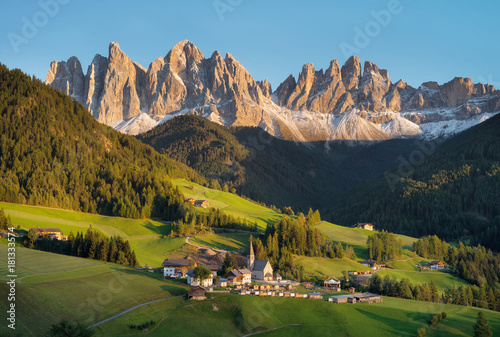 Wallpaper Mural Mountain valley in the Italy alps