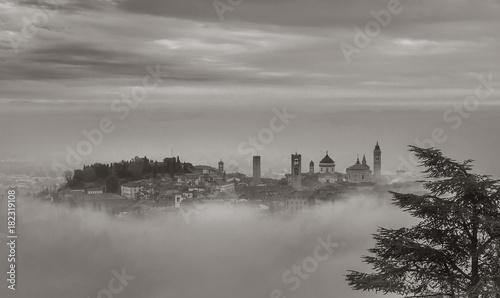 Canvas Print Bergamo In Fog
