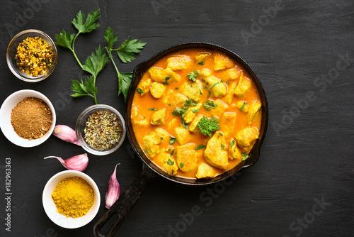 Valokuva Chicken curry, top view