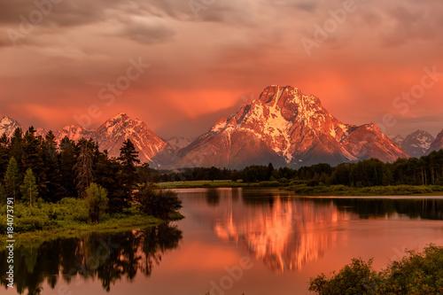 Fotografie, Obraz Mountains in Grand Teton National Park at sunrise