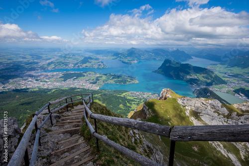 Carta da parati Lake Lucerne from the Pilatus hiking trail Switzerland