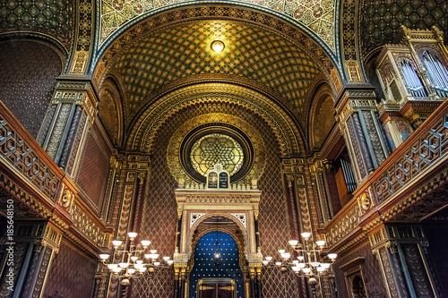 Interior of Spanish synagogue, Prague, Czech Republic Fototapeta