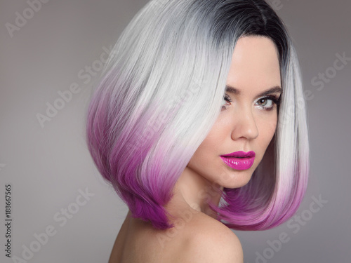 Fotomural Colored Ombre hair extensions