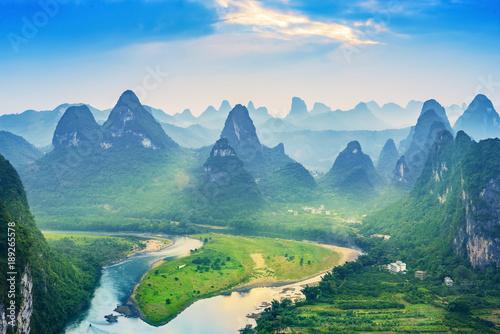 Valokuvatapetti Landscape of Guilin, Li River and Karst mountains
