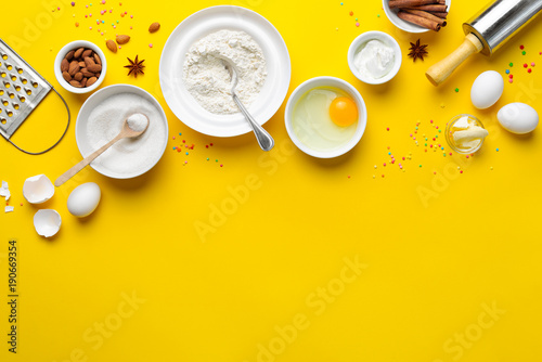 Carta da parati Easter baking background with a space for a text