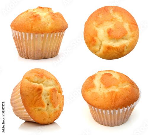 Fotografia tasty muffin cake, isolated on white