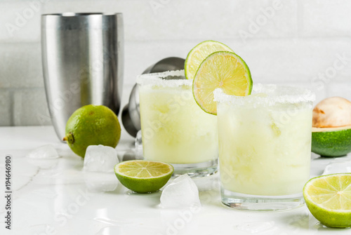 Fotografía Alcoholic cocktail recipes and ideas