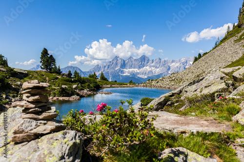 Carta da parati Lake Spiegelsee Mittersee and mountain range Dachstein in Styria, Austria