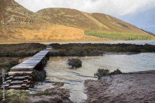 Photographie Footbridge at Loch Muick