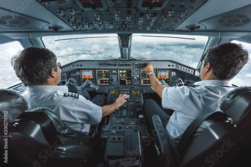 Embraer 190 Cockpit Fototapet