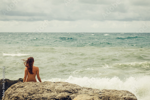 Girl young nudist La fonte