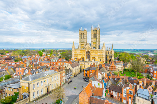 Fotografia Aerial view of the lincoln cathedral, England
