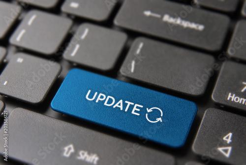 Internet update button on computer keyboard