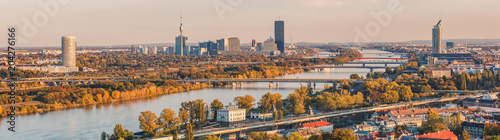 Canvas Print Panoramic view over the Danube in Vienna towards the Vienna International Centre