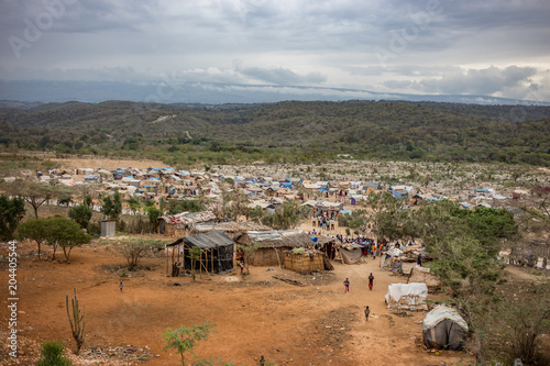 Fotografie, Obraz Flüchtlingsdorf in Haiti