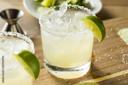 Fotomural Alcoholic Lime Margarita with Tequila