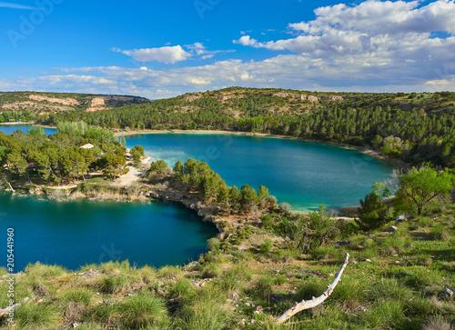 Paisaje del Parque Natural de las Lagunas de Ruidera, Reserva de la Biosfera Mancha Húmeda de la UNESCO, Albacete, España