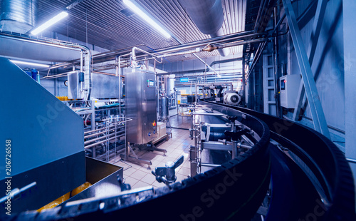 Fotografie, Tablou Beverage factory interior