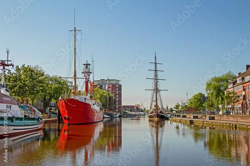 Canvastavla Emden - Ratsdelft - Hafen