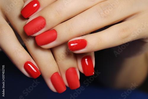 Photo beautiful red nails