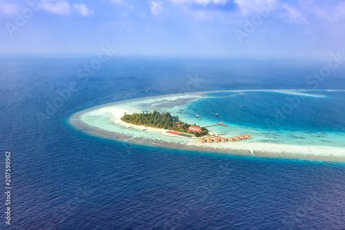 Insel Malediven Urlaub Paradies Meer Textfreiraum Copyspace Maayafushi Resort Luftbild