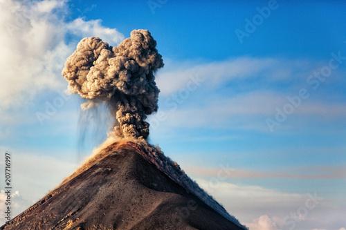 Stampa su Tela El Volcán de Fuego, Guatemala, 21.04.2018