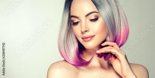 Cuadros en Lienzo Beautiful hair coloring woman