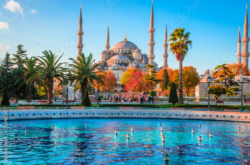 Photo The Blue Mosque, (Sultanahmet Camii), Istanbul, Turkey.
