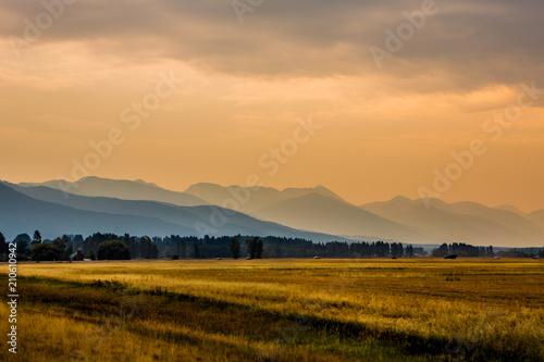 Wallpaper Mural Beautiful Montana Landscape