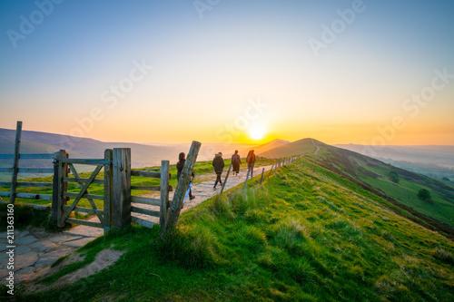 Vászonkép Sunrise of The Great Ridge at Mam Tor hill in Peak District