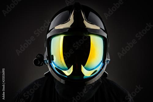 Fotografía Racer wearing shiny helmet