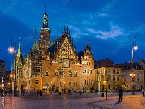 Breslau – Altes Rathaus in der Blauen Stunde