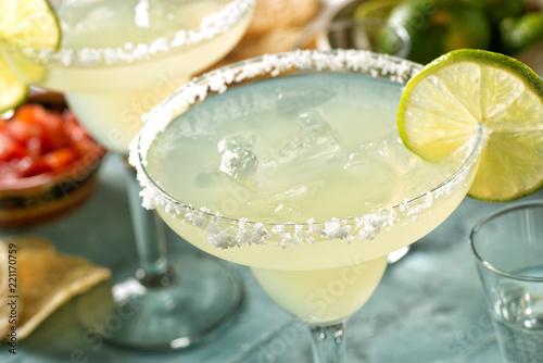 Fotografía Tequila and Lime Margaritas