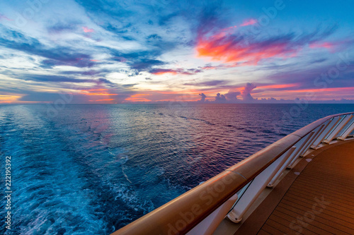Slika na platnu Sunset From A Cruise Ship