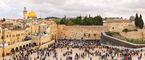 View on the Wailing Wall, orthodox religious Jews and tourists during the Jewish Pesach (Passover). Jerusalem, Israel