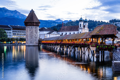 Stampa su Tela Historic city center of Lucerne with famous Chapel Bridge in Switzerland