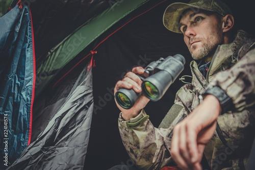 Canvas-taulu Hunter Spotting Wildlife