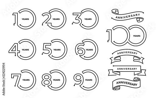 Fotografia Set of anniversary pictogram icon 10, 20, 30, 40, 50, 60, 70, 80, 90, 100 Thin line minimal template years birthday logo label, black and white stamp