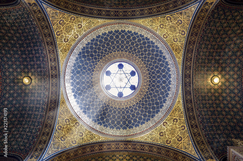 Fototapeta Spanish synagogue in Prague