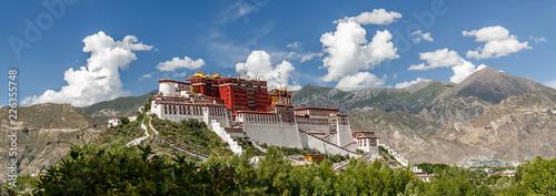 Slika na platnu Panorama of Potala Palace, Tibet (China, Asia)