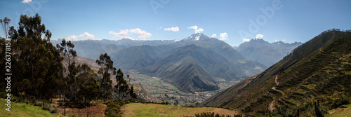 Photo panorama of sacred valley peru near cuzco with inca terrace
