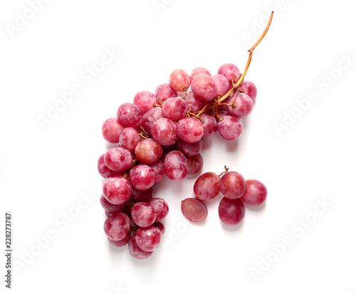 Fotografia Ripe grapes on white background