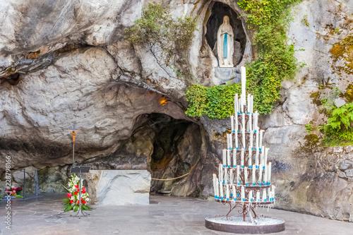 Canvas Print grotte de Massabielle, Lourdes, France