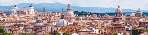 Photo Aerial panoramic view of Rome, Italy. Skyline of old Roma city.