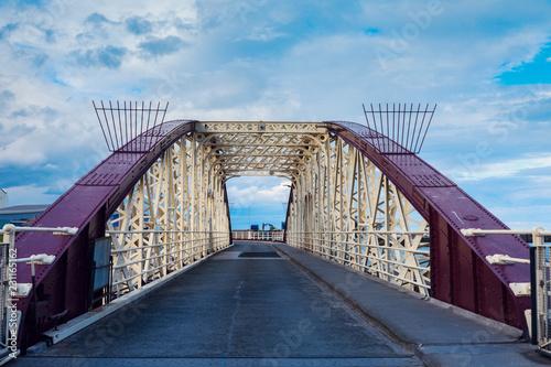 Carta da parati Bridge in Ramsey