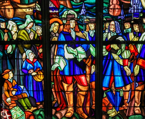 Fotografiet Stained Glass of the Departure of Pierre Boucher at La Rochelle for Quebec
