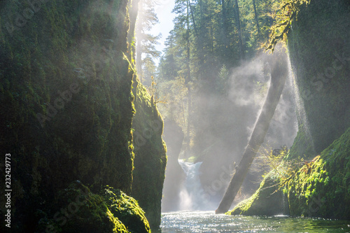 Slika na platnu Columbia River Gorge - Hood River, Oregon