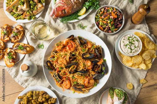 Obraz na plátne Holiday Italian Feast of 7 Fishes