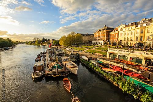 Carta da parati Thames, Riverside, Richmond, London, England;