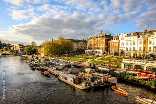 Fotografia Thames, Riverside, Richmond, London, England;